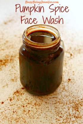 DIY your own Pumpkin Spice Face Wash! It feels AMAZING!! >> DIYbeauty