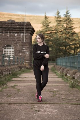 The Monochrom Slogan Sweatshirt OOTDfbloggers thegirlgang monochrome FemaleBloggerRT