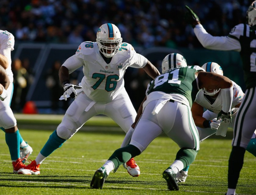 Miami Dolphins OT Branden Albert ruled out for Week 11