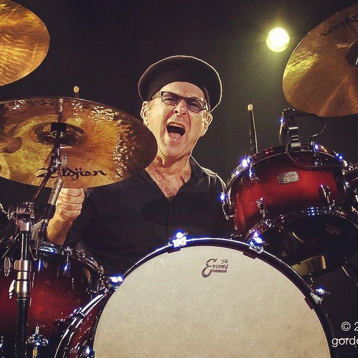 "Anton Fig on Twitter: ""Catching flies in Toronto with Joe B. #joebonamassa  #toronto #drums… """