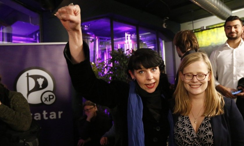 #Bitcoin Good news for Bitcoin: Iceland's Pirate party invited to form government. Anti-es…