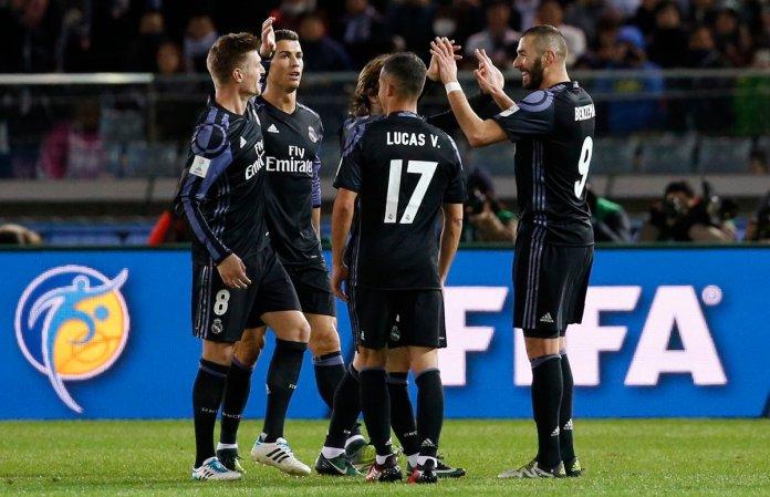 Real Madrid celebra el triunfo ante el América.