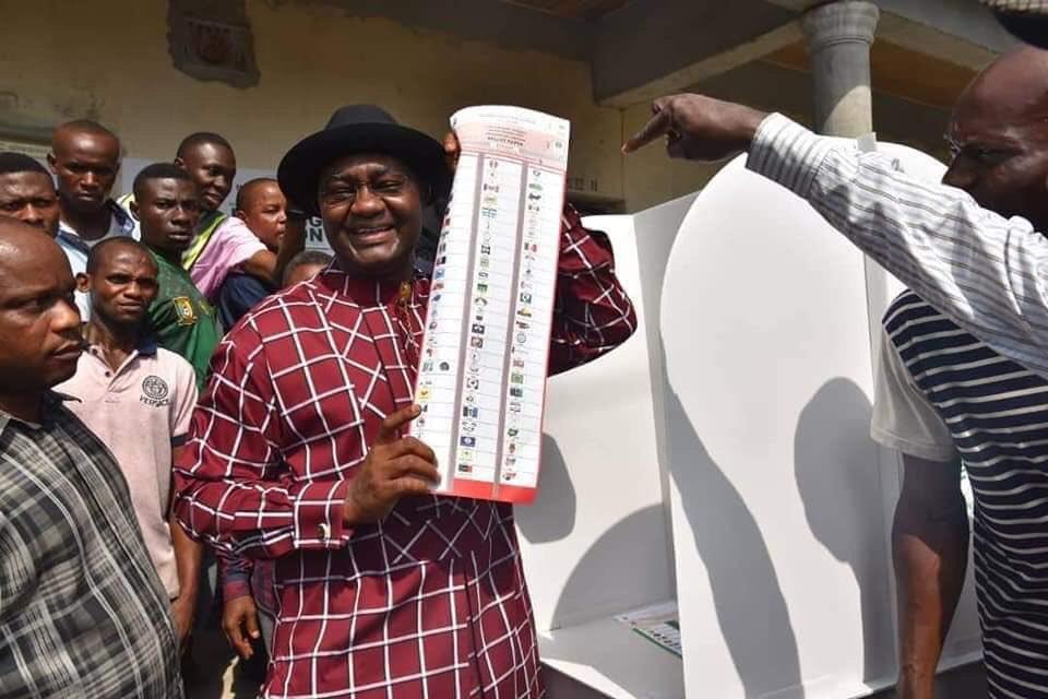 D0F0onSX0AEGGJh - #NigeriaDecides#: Senator Magnus Abe Shows Off Ballot Paper, Says He Voted Buhari(Photo)