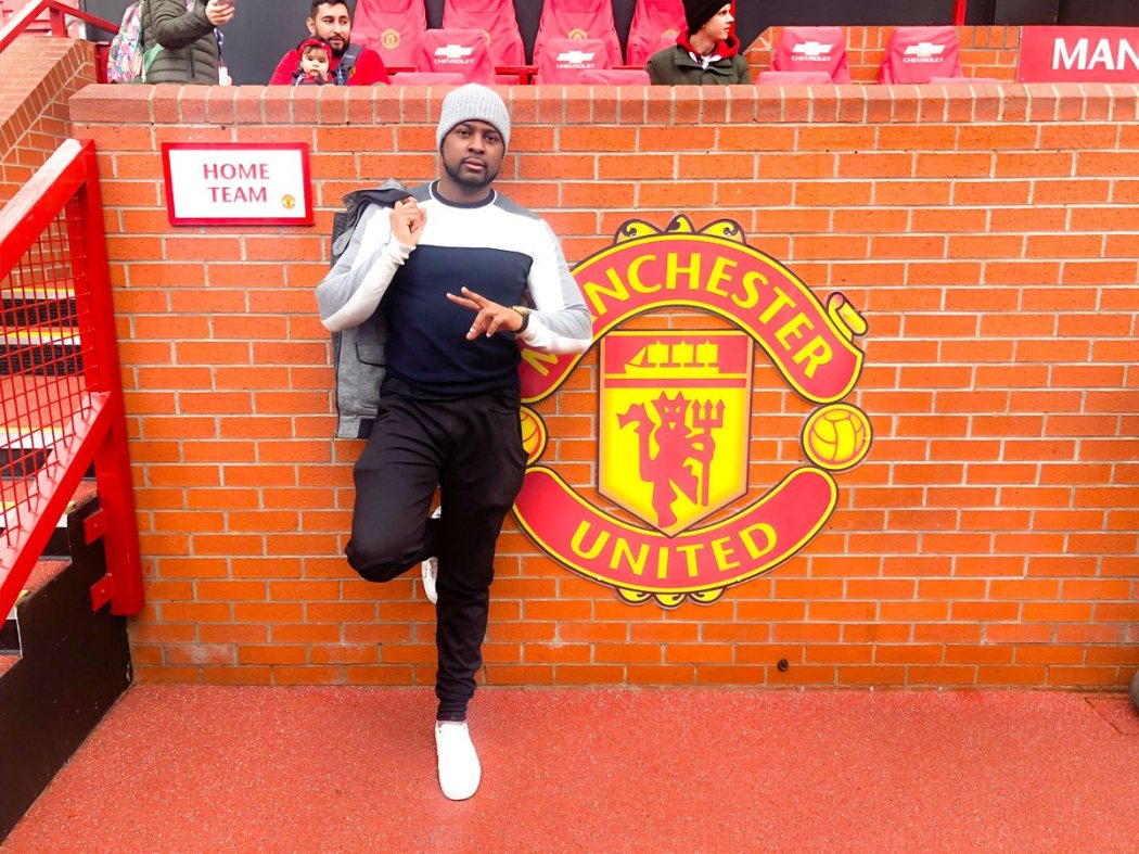 D0qAOJ1X4AABZxq - DJ Exclusive Spotted At Old Trafford During Manchester United Match Against Southampton (Photo)