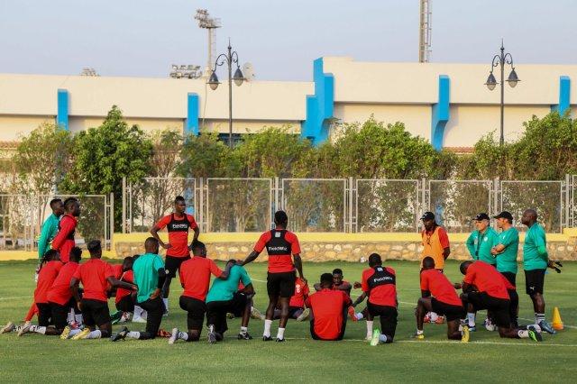 مجموعة الجزائر| بالصور.. السنغال يجري اول تدريباته في مصر 27