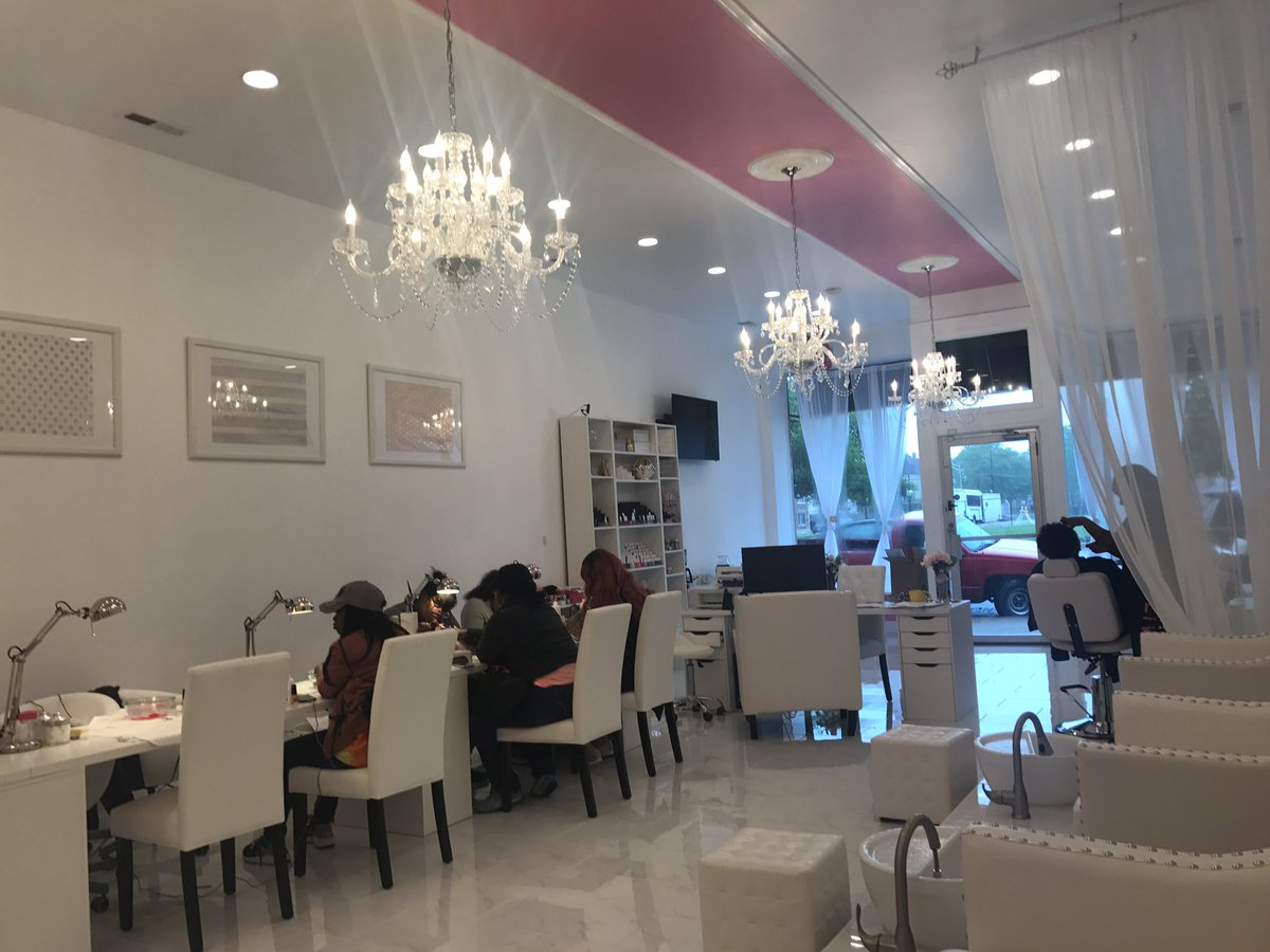 Nikia On Twitter Went To A New Black Owned Nail Salon Yesterday Lux Boutique 82nd Stony Check It Out S T Co Esq05e8hwi