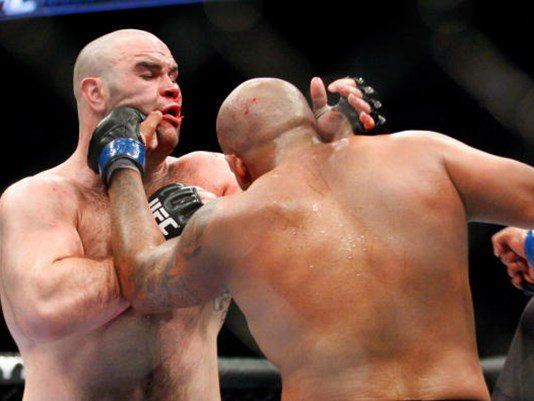 Former #UFC star #TimHague dies two days after being knocked out in boxing match