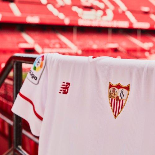 7b65edc641e4e Galería de fotos de las camisetas del Sevilla FC 2017 18