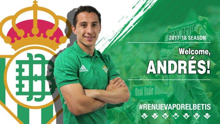 Andrés Guardado viene presentato dal Betis Siviglia | Numerosette Magazine