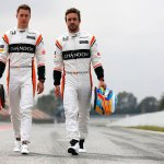 Honda Racing F1 On Twitter Summerofstats A Complete Honda Power Unit Weighs About The Same As The Combined Weight Of Alo Oficial And Svandoorne In F1 Race Gear Https T Co Zvfhntoror