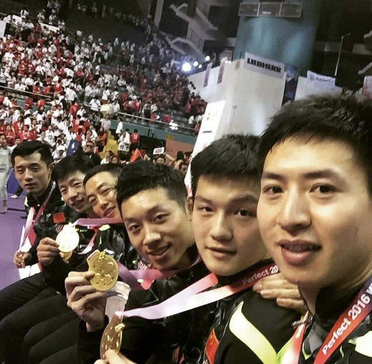 test ツイッターメディア - 中国卓球男子チーム、下から見るか?横から見るか? https://t.co/rDhw4kKxYN