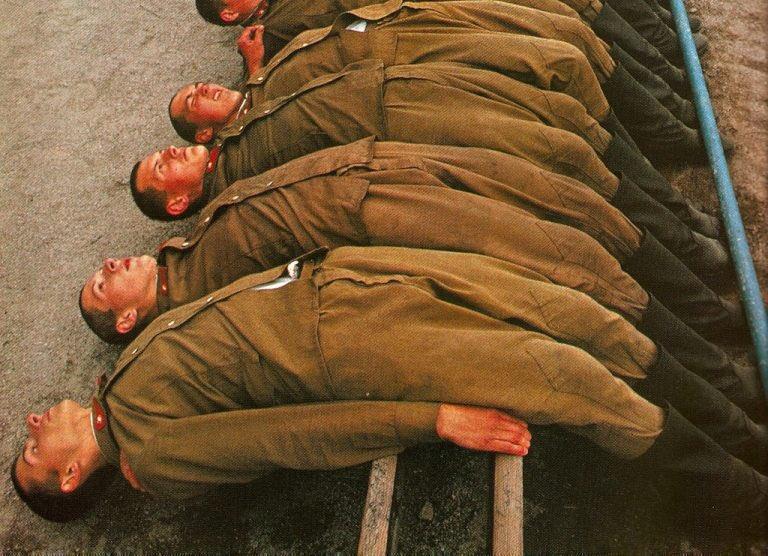 Неформальные наказания в Советской армии : «Подъем-отбой» и другие