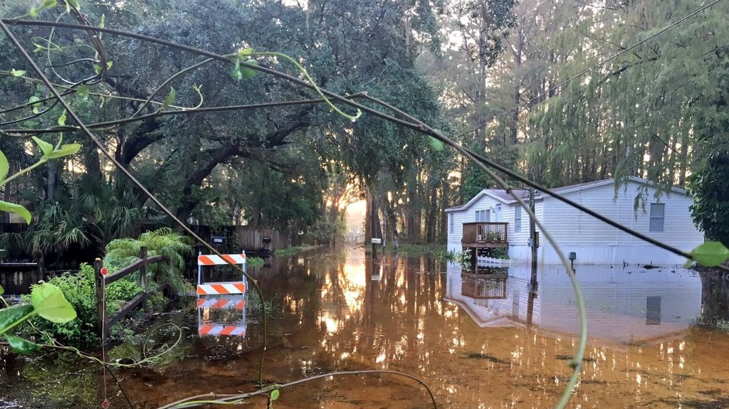 Water levels rise in Pasco County, officials issue voluntary evacuation