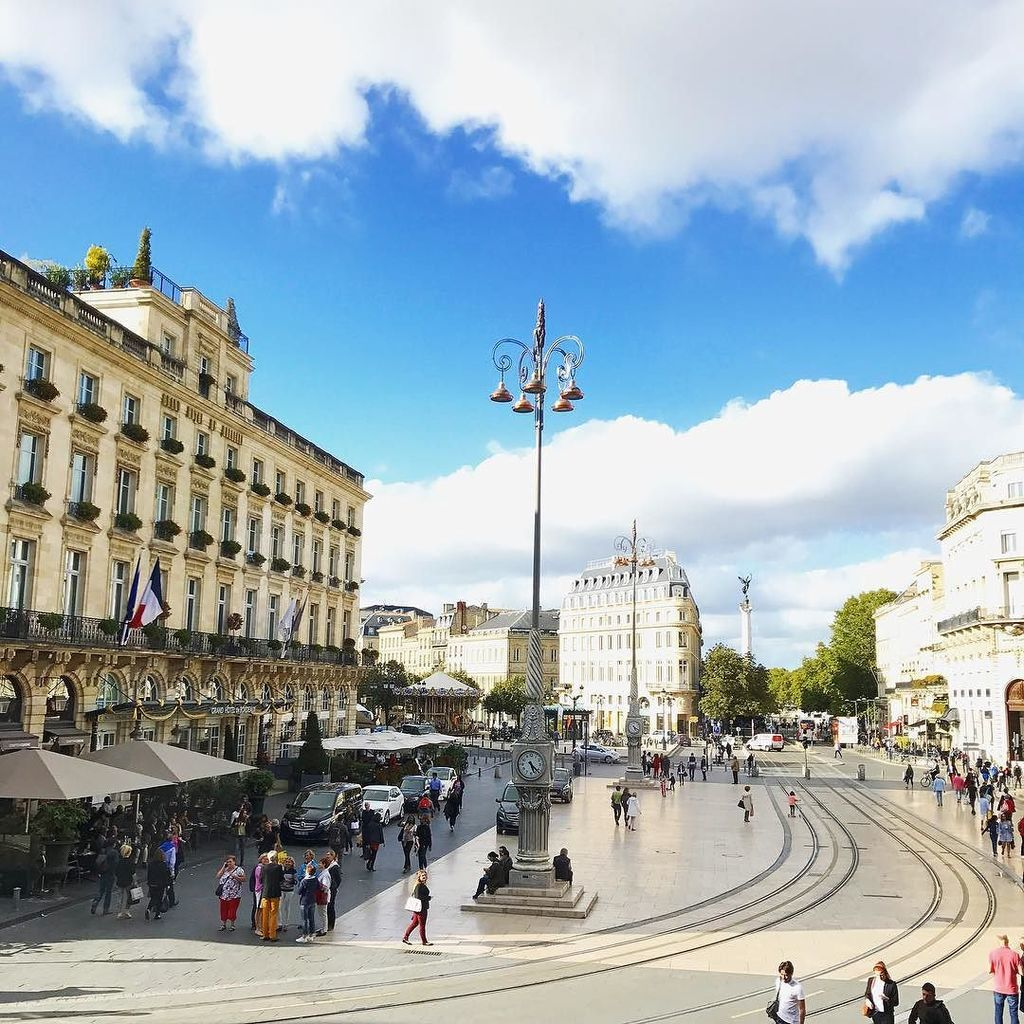 Gaelle  on Twitter   Officially back in town      bordeauxmaville View from the Apple Store           bordeaux  placedelacomedie   bordea    https   t co aCevWsQoiK    https   t co yp7AXuahvH