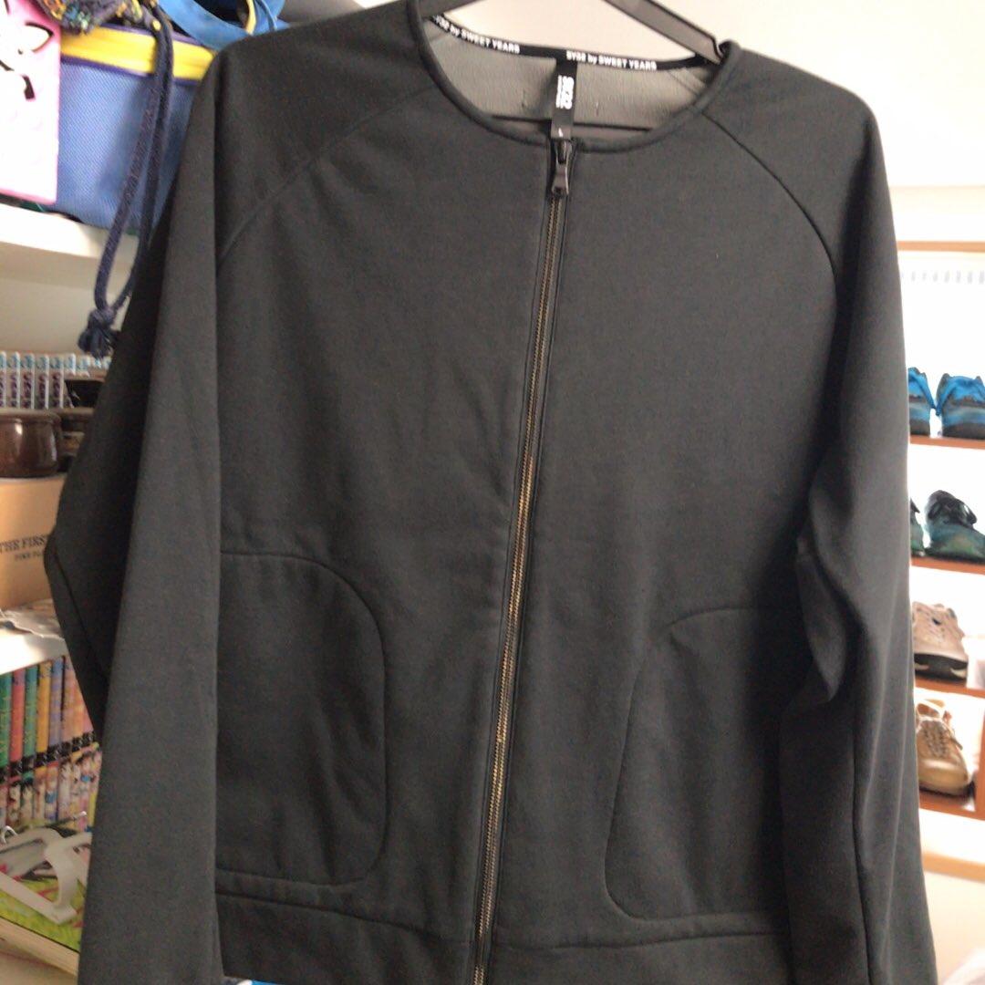 test ツイッターメディア - 古着屋でなんか良さげと思って見つけたノーカラージャケット、SY32ってどういうブランド?と思ったら、ヴィエリとマルディーニが立ち上げたブランドだった!笑  https://t.co/l2iyD0SSui https://t.co/RVI1FZBDV3