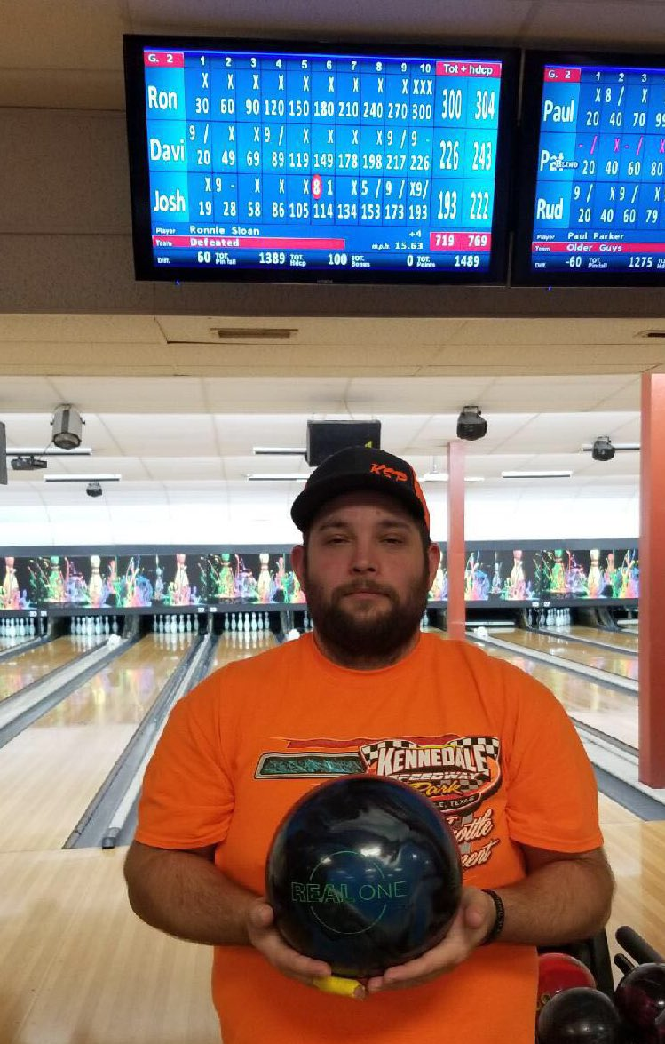 test Twitter Media - Congrats to Ronnie Sloan of Ft. Worth, TX shooting 300 with the Real One! #Ebonite #RealOne https://t.co/AUsEEU1wgY