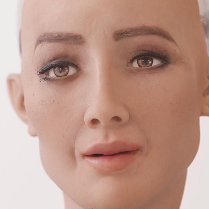 Saudi Arabia becomes the first country to grant citizenship to a robot #design #AI