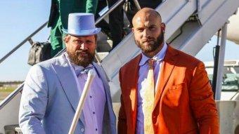 Bears Linemen Kyle Long And Josh Sitton Go Dumb & Dumber For Halloween