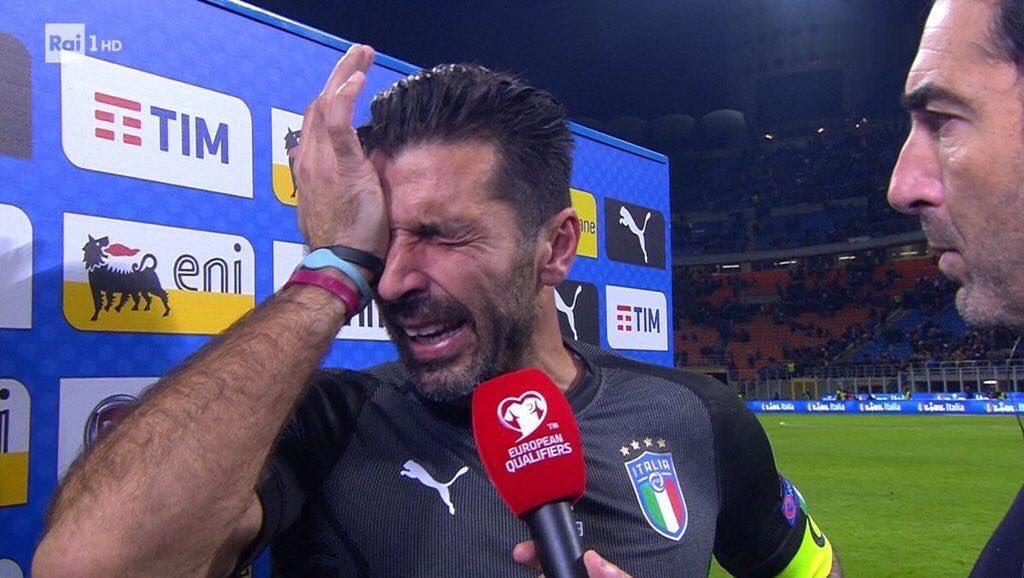test ツイッターメディア - イタリアが60年ぶりまさかのW杯予選敗退…。ここでブッフォンの涙を見るとは思わんかった😢 https://t.co/1mXWf9GgP8