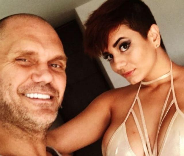 Pulzo On Twitter Nacho Vidal Y Amaranta Hank Graban Video Erotico Para Promocionar Fiesta Sexual Https T Co 5f9dxarq6h