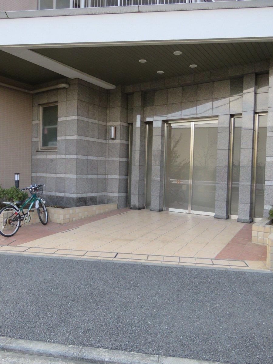 test ツイッターメディア - 【中古マンション販売情報】 JR横浜線と横浜市営地下鉄グリーンラインの2路線を利用できる「中山駅」が最寄りの3LDK住戸 詳細はリンクよりご参照下さい。 https://t.co/fgJLsgfbzs https://t.co/e61pbq0wCs
