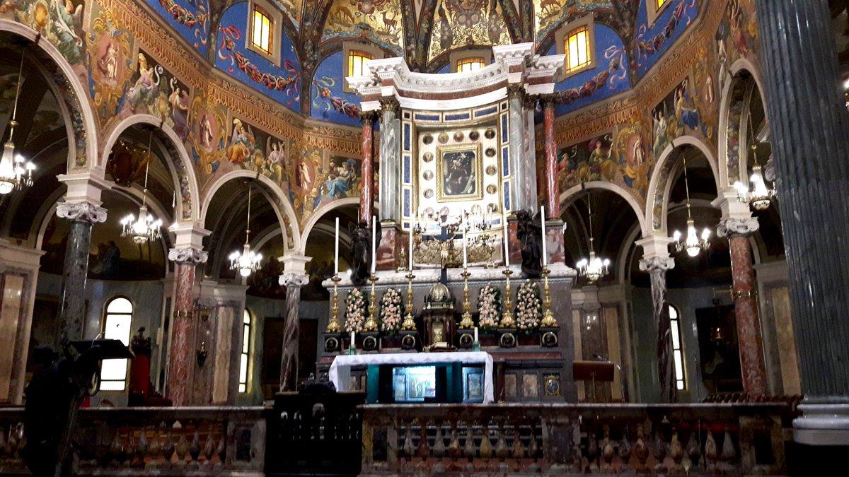 Supplica alla Madonna del Rosario di Pompei