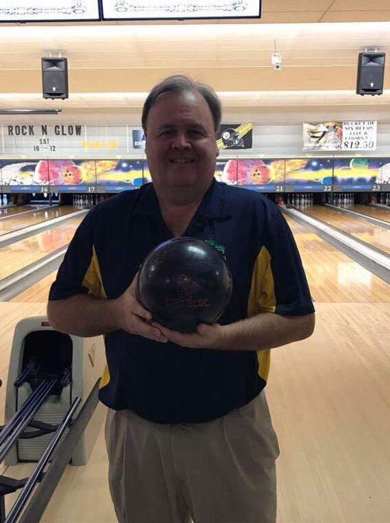 test Twitter Media - Congrats to Joe Mullenex on firing a 300 his first game out of box with the Paradox Black! #TrackBowling #BackInBlack https://t.co/TADsSIc7g2