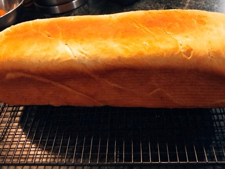The pain de mie thankfully came out well
