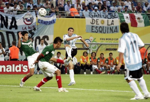 Image result for maxi rodriguez goal vs mexico