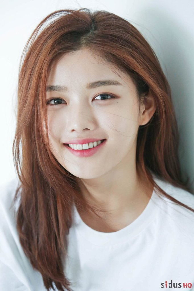 ผลการค้นหารูปภาพสำหรับ kim yoo jung laneige