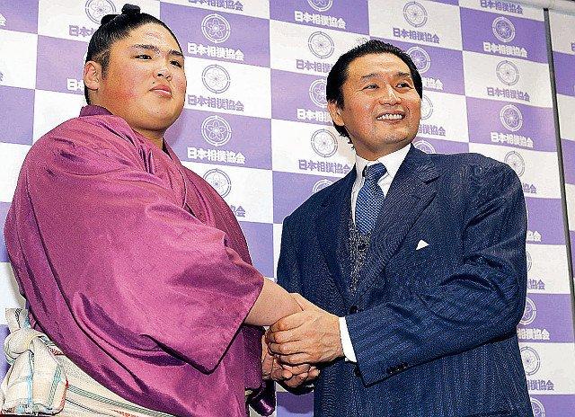 test ツイッターメディア - 貴公俊、新十両で弟・貴源治と史上初双子関取「今まで以上に頑張りたい」 https://t.co/seKSm3zdiI #sumo #スポーツ新聞 https://t.co/TBYb2Znth4