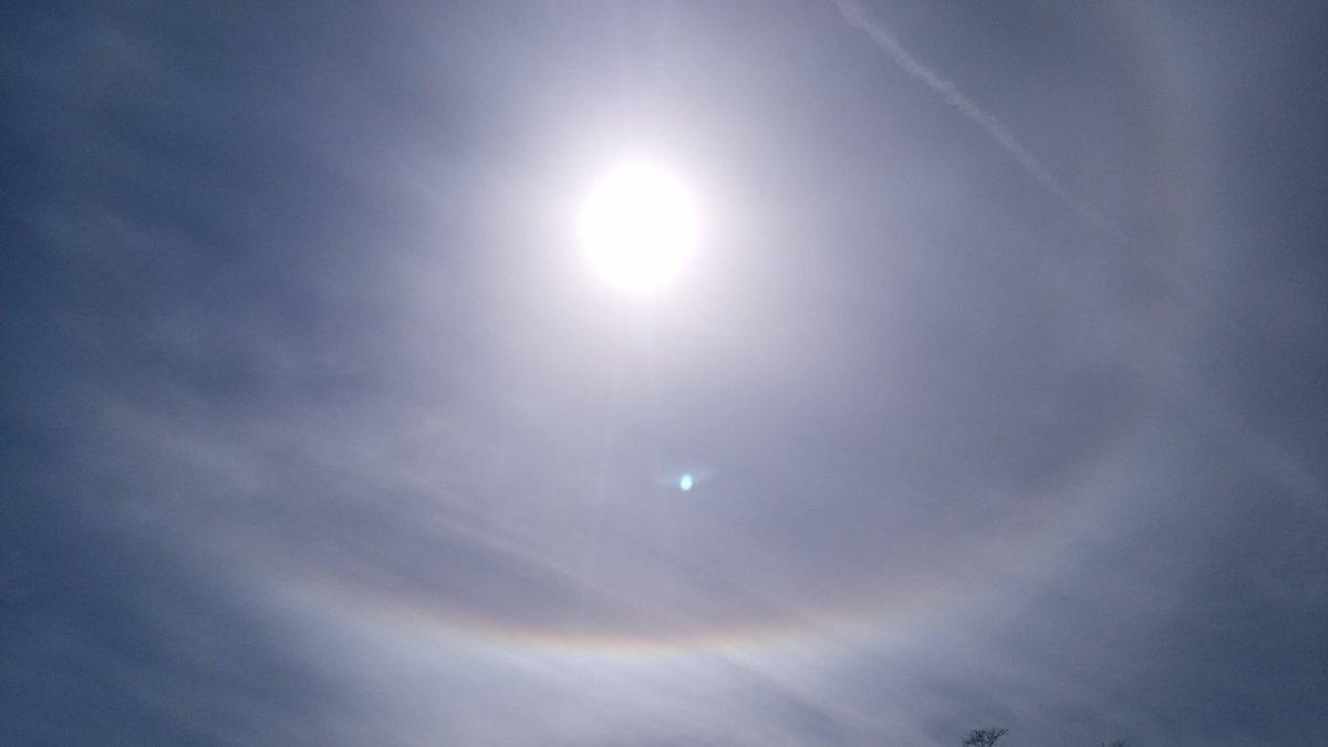 test ツイッターメディア - 雨晴海岸! あと撮りきれなかったけど、太陽の周りに丸く虹が出てた! https://t.co/OnMX9yzWRZ