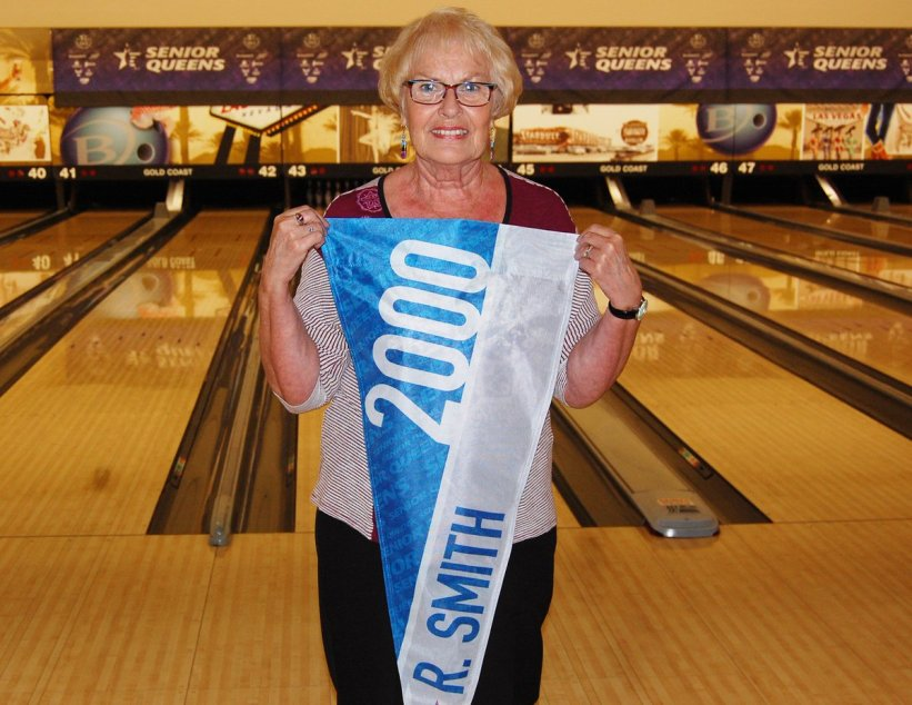 test Twitter Media - Pretty cool moment for us prior to the start of the four-player shootout at the USBC Senior Queens!  Rose Smith, the inaugural winner of the Senior Queens in 2000, stopped by to say hello and pose with her banner!  Watch the final round of match play at: https://t.co/puI3TeTjjB https://t.co/ZRxXxQ6Eec