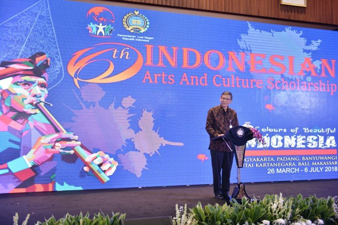 Mofa Indonesia On Twitter The Indonesian Arts Culture Scholarship Took The Colours Of Beautiful Indonesia Iacs2018 Bsbi2018