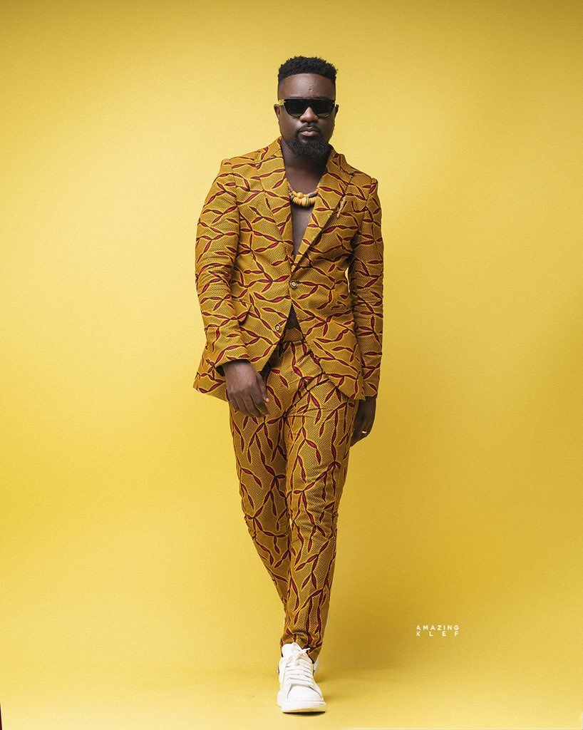 How M.anifest Sarcastically Wished Sarkodie On His Birthday