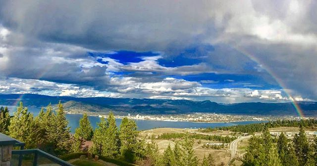 test Twitter Media - Try to be a rainbow in someone's cloud - Maya Angelou. 📷: @fannys_passage . Thanks for sharing and using #visitwestside! #rainbow #westkelowna #explorebc https://t.co/145Ph14BlH https://t.co/BnUY1zBEgF