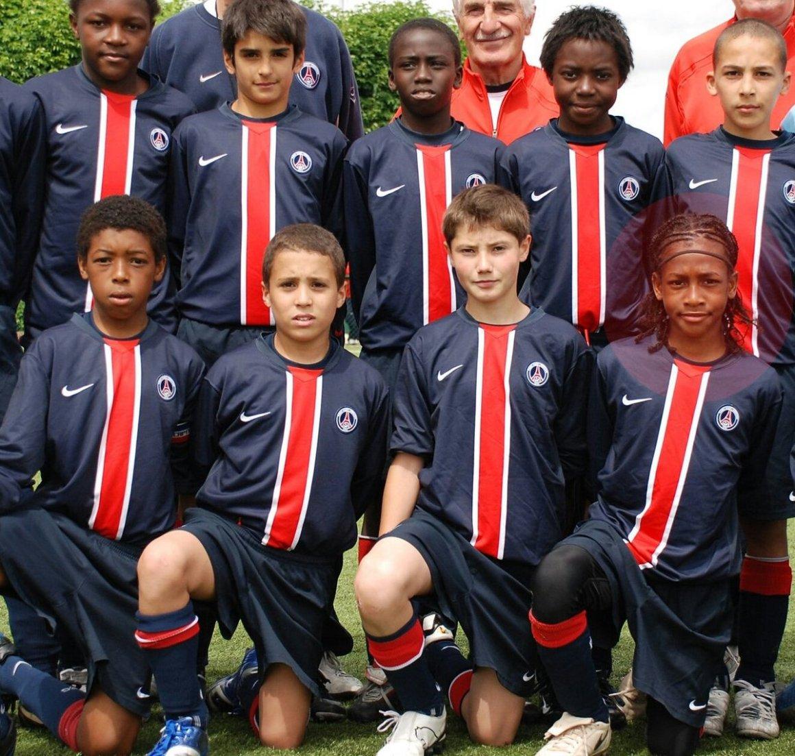 """Laurent Chasteaux on Twitter: """"Au #PSG il y a quelques années. - En bas à  gauche : @kimpembe_3 - En haut à gauche : Hervin Ongenda - En bas à droite :"""
