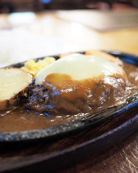 test ツイッターメディア - ブログを更新しました 年間500軒以上を食べ歩く飲食店プロデューサーの食日記 : 東京メトロ銀座線日本橋駅:『レストラン十勝』   レトロ感溢れるお店でいただく懐かしさ溢れるハンバーグ https://t.co/2sq1Wgstrr https://t.co/k8DgTxVDup