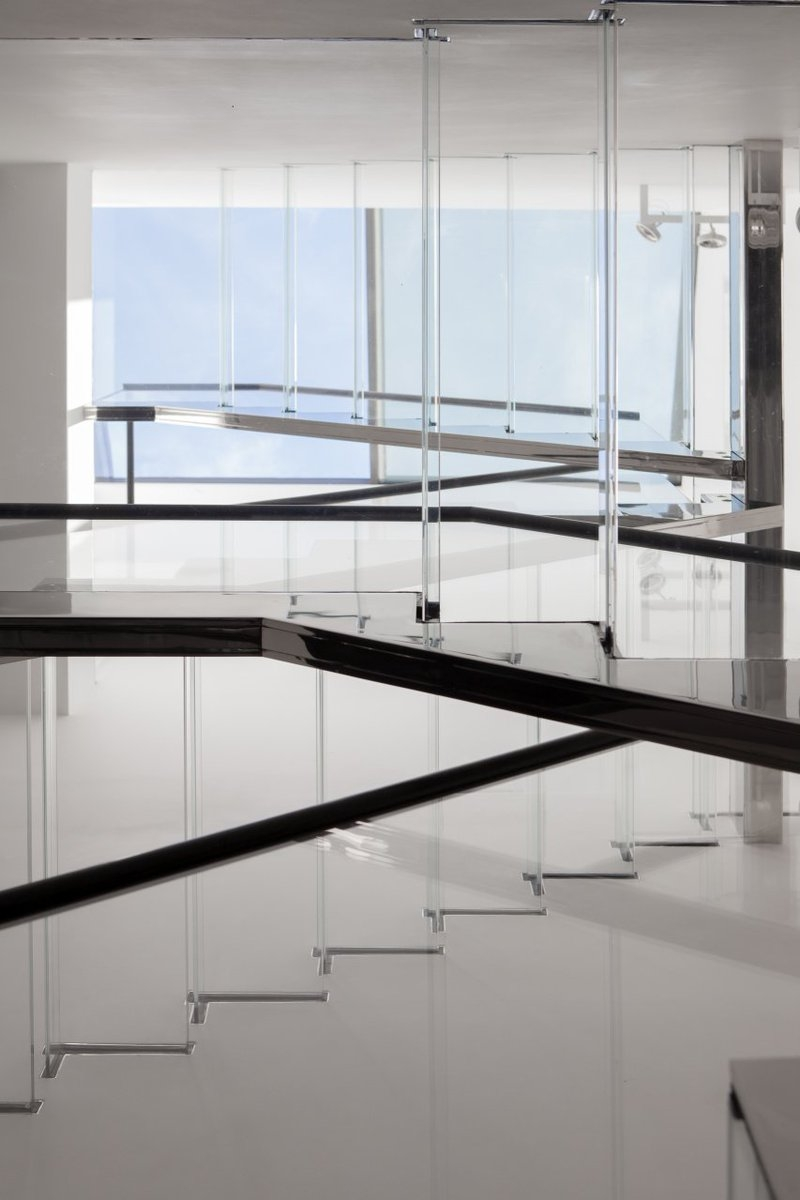 Cantifix On Twitter A Glass Staircase Is One Of The Most Elegant | Glass And Chrome Staircase | Fusion | Black Stained | Frameless | Timber Glass | Glass Paneled