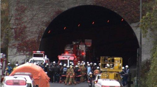 test ツイッターメディア - 【テレビ】5/19(土)BSTBS 10時 JドキュメントJ「トンネル事故はなぜ起きた-笹子遺族の5年とインフラ老朽化対策」 2012年、9人が犠牲となった笹子トンネルの天井板崩落事故。管理会社を相手に裁判で争った遺族を取材。インフラのメンテナンスの問題にもスポットをあてる。 テレビ山梨 https://t.co/FDIXcxWw5m