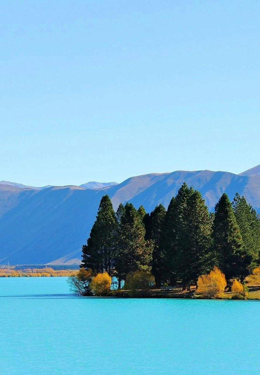 Lake Benmore, New Zealand. Travel around the world, Most