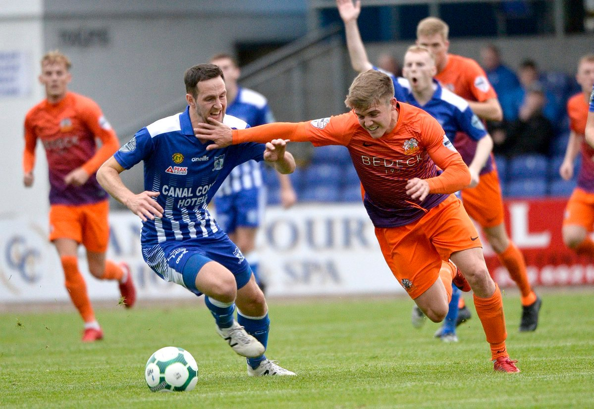 Glenavon should just edge it against Ballymena during their Friday night battle