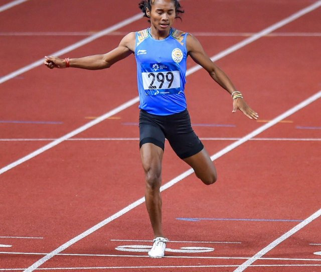 One Of Indias Most Admired Athletes Himadas8 Bags The Coveted Silver In The Womens 400m