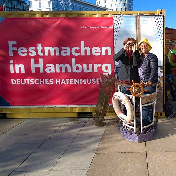 test Twitter Media - Wir sind bereit! Das #Elbfest #Hamburg kann im Sandtorhafen beginnen! Heute und morgen dreht sich dort alles um die Geschichte des Hafens!  Mehr dazu unter 👉 https://t.co/H6fZVmSntH https://t.co/hKryTcmZEK