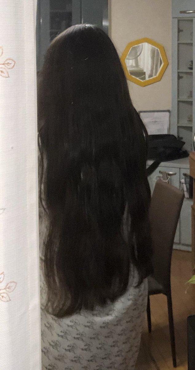 test ツイッターメディア - ジュレームのヘアマスク(?)的なものを使ったんだけど結構良き………………しっかし無駄に髪長いな…………………… https://t.co/XlBEbW0TI0