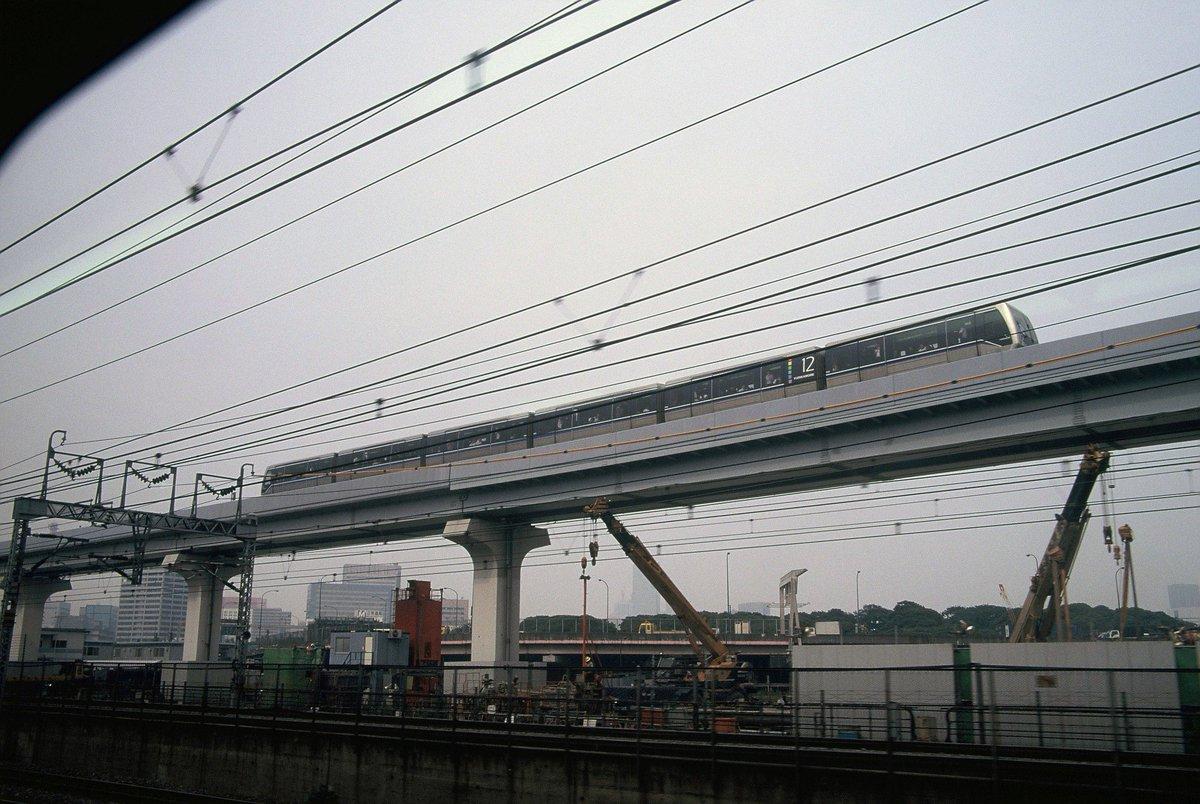 test ツイッターメディア - モノレールで浜松町に着くということは,そこから山手線なり京浜東北線に乗ることになり,その車窓からまたお手軽に写真を撮っていた。たとえばゆりかもめ。1998年。 https://t.co/ZZpimTETY7