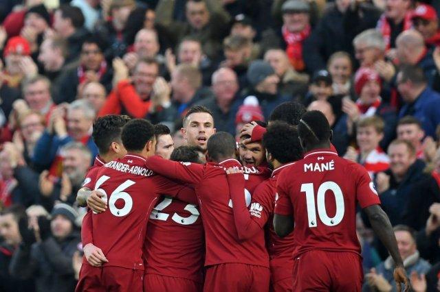 ليفربول يفوز على نيوكاسل برباعية ويعزز صدارته لجدول الدوري الإنجليزي 25