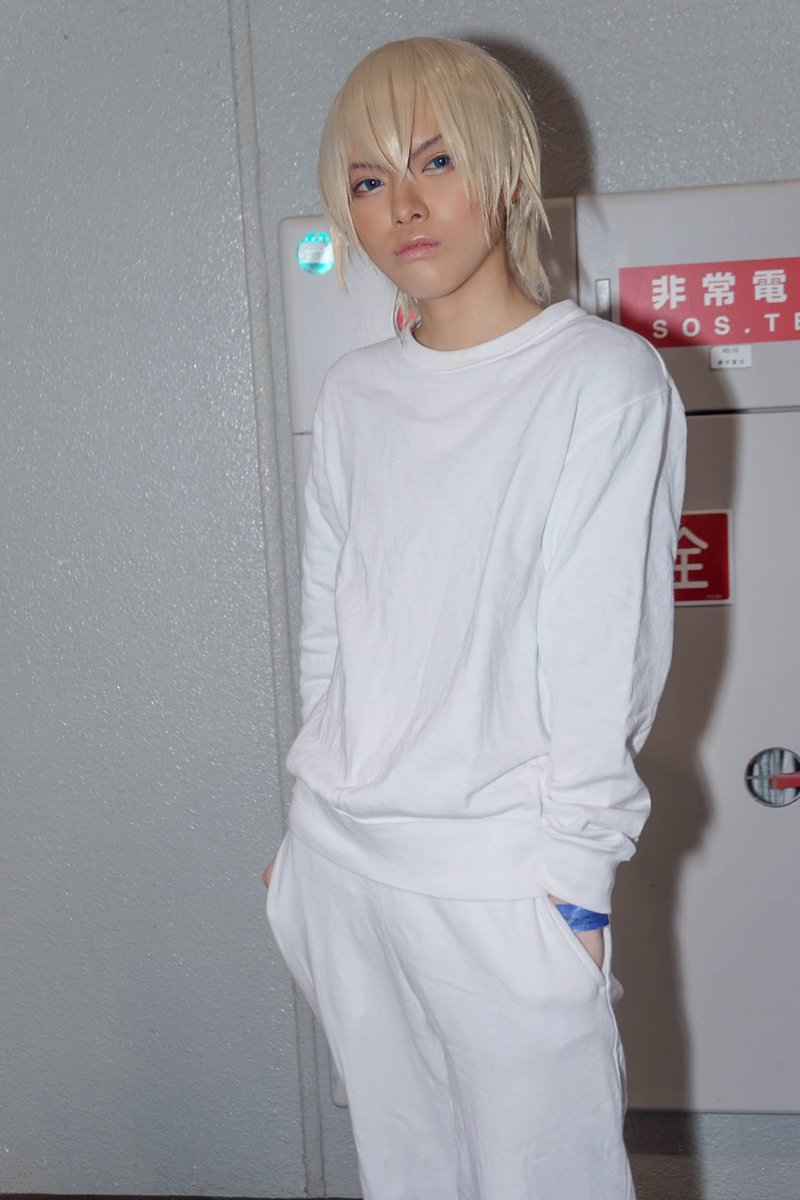 test ツイッターメディア - [Cosplay] Detective Conan  安室透  photo by📷 1枚目 おっこちゃん 2枚目 凛としてしいたけさん  アクリルスタンドのパジャマ?スウェット?の衣装でした! 赤井とハロ作成はまるKちゃん(@maru_k_cos)♡  #冬インテ #COMICCITY大阪118 https://t.co/aWGTTYE3jr