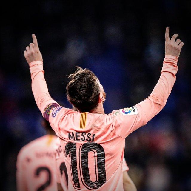 برشلونة يفوز خارج ملعبه على خيتافي بهدفين من ميسي وسواريز 25
