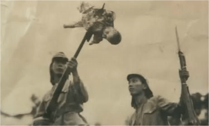 "Henry Söderlund on Twitter: ""[NSFW] Japanese soldier stabbing a baby with a  bayonet in China, 1937 - 38 More information: https://t.co/iOvzZcnH5s  #photography #yeolde #wwii #death #japanese #soldier #baby #bayonet #china  #cruelty… https://t.co/z3YoergCS9"""